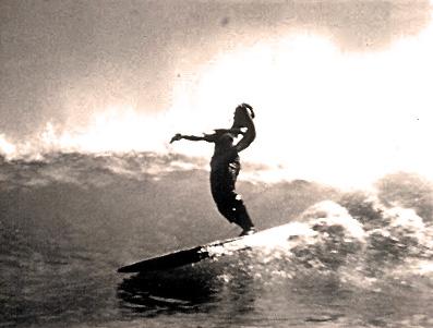 Blackie Makaena, solid wood Hot Curl board, Hawaiia (1930's)